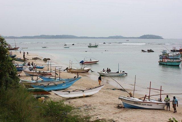 sri lanka beach resorts